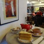 カーナビー・ストリートの Camellia's Tea House で一休み